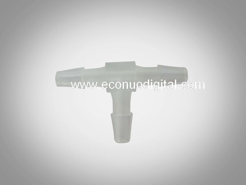 E1214 AKN-WT4-15 T tri-way white connector